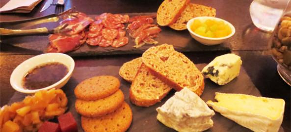 Uvaggio's Cheese Platter